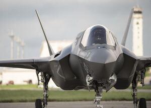 Gli aerei F-35 spiano i piloti ed inviano