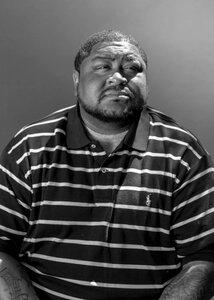 uomo di colore accusato ingiustamente da un algoritmo