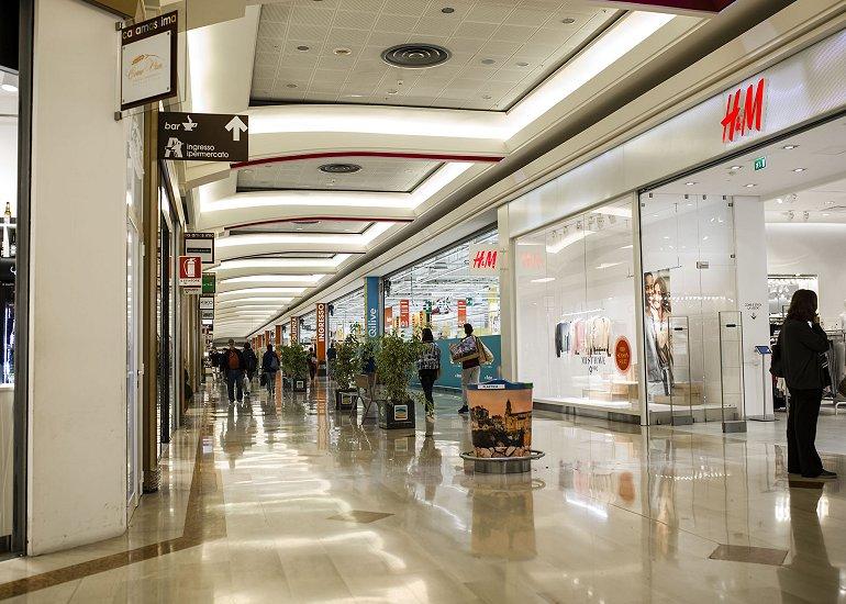 Casamassima: il sindaco emette una folle ordinanza per il centro commerciale